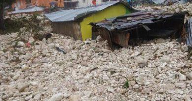 Lluvias afectan poblado de Polo en Barahona
