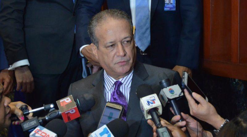 El danilismo en crisis; Reinaldo también abandonó la carrera hacia primarias
