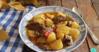 RICAS: Receta de Níscalos con patatas