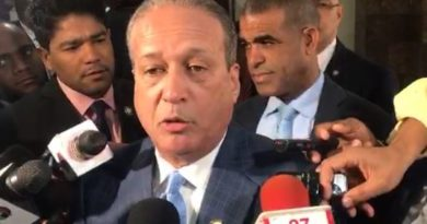 ATENCIÓN: Reinaldo desautoriza usar su nombre para favorecer a precandidato alguno
