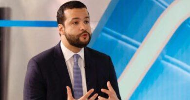 Rafael Paz anuncia respaldo a Gonzalo Castillo