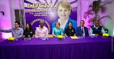 Ven Papo fortalece aspiraciones de Yomaira a senaduría SJM ,Según él Yomaira ganará las primarias del PLD porque cuenta con el apoyo de la mayoría de la gente de San Juan