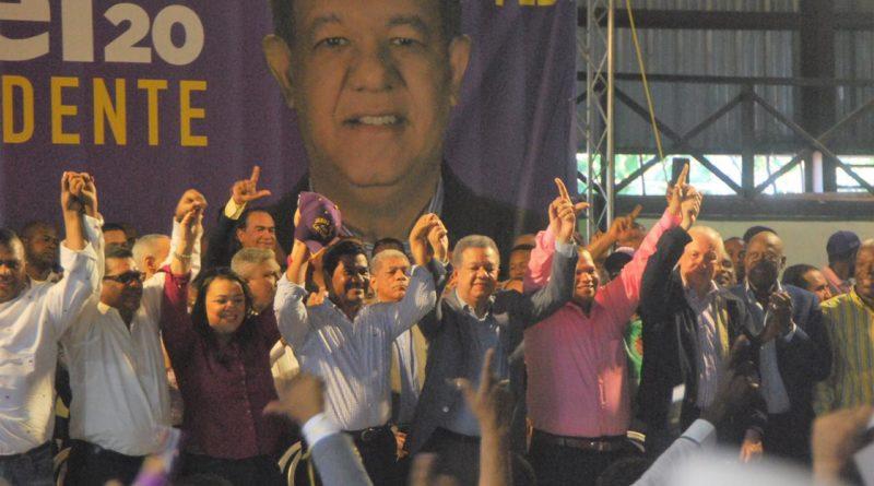 Leonel Fernández asegura es fuerza mayoritaria en las bases del PLD y del pueblo