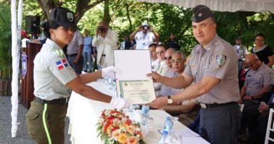 La seguridad vehicular y de las vías públicas cuentan con 296 nuevos policías