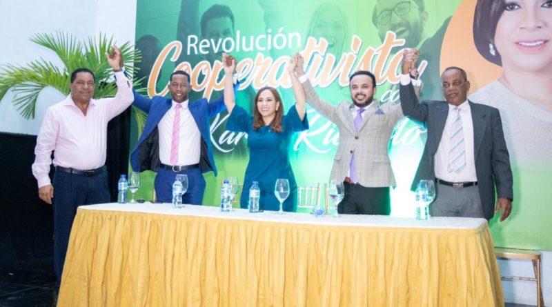 Sector cooperativista da masivo apoyo a Karen Ricardo en Santo Domingo Este.
