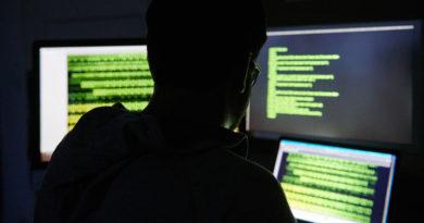 Un exingeniero de Yahoo pirateó 6.000 cuentas de usuarios para descargar fotos íntimas de mujeres
