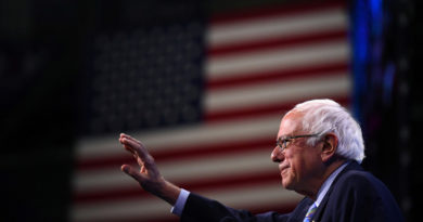 EE.UU.: El senador y candidato presidencial demócrata Bernie Sanders sufrió un ataque al corazón