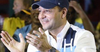 Abel Martínez llama a los santiagueros votar para que siga la transparencia, la decencia y el orden