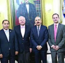 Inversionistas guatemaltecos abren fábrica pintura hoy