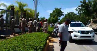 Seguidores armados de Dionis Sánchez impiden se lleven equipos JCE de Pedernales