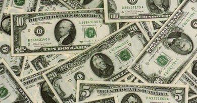 ATENCIÓN: El dólar se dispara por encima de los 53X1 por primera vez en más de 15 años