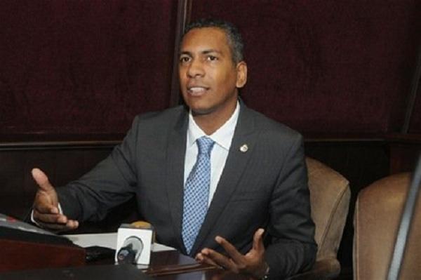 Demóstenes Martínez renuncia del PLD; pide no inscriban candidatura por irregularidades del proceso