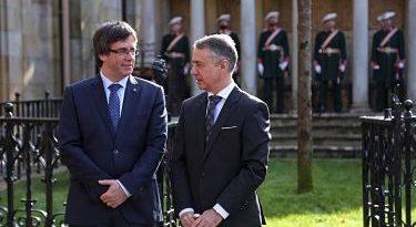 """El Gobierno vasco dice que las palabras de Puigdemont sobre ETA y el 155 son """"impertinentes"""""""