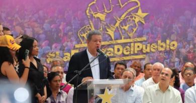 Bauta Rojas dice La Fuerza del Pueblo ha recibido 200,000 solicitudes de afiliación en 2 días