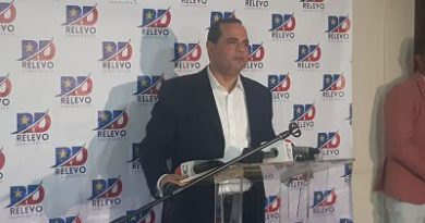 Manuel Crespo renuncia del PLD; se suma a la Fuerza del Pueblo