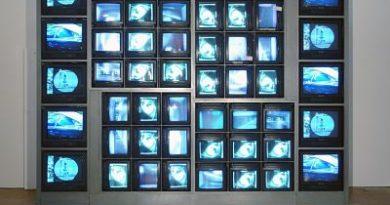 Nam June Paik aúna cinco décadas de arte y tecnología en la Tate Modern