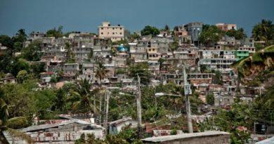 """CASA YA: """"Para el año 2020, el Gobierno dominicano gastará 4 veces más en publicidad y propaganda que en vivienda social"""""""