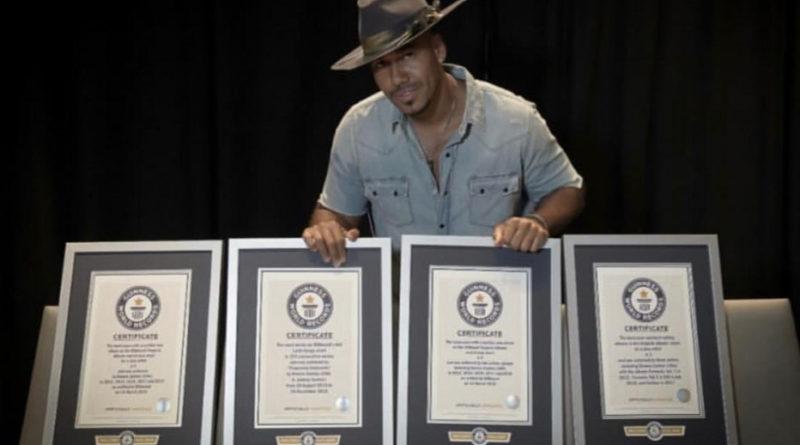 Romeo Santos rompe récord Guinness como artista solista con mas álbumes vendidos