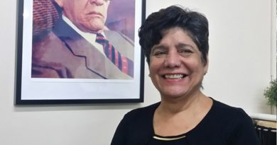Subcomisionada de cultura en EEUU afirma Gonzalo es fenómeno político y electoral con luz propia que vencerá en 2020