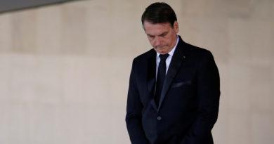 Bolsonaro firma su renuncia al Partido Social Liberal para crear una nueva formación política