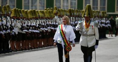 El Gobierno de facto de Bolivia abroga decreto que eximía a las Fuerzas Armadas de responsabilidad penal