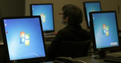 """Es un momento mágico"""": Microsoft guarda proyectos de código abierto en una mina del Ártico por si llega el apocalipsis"""