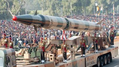 Lanzamiento en la India del misil balístico con capacidad nuclear Agni-II
