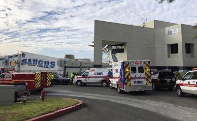 Muere una mujer herida en tiroteo en una escuela de Los Ángeles