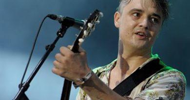 Pete Doherty detenido en París por compra de estupefacientes