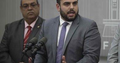 Sale del Gobierno de Puerto Rico el último participante en escándalo del chat