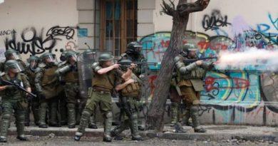 Continúa represión a protestas contra Piñera en Chile