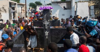 La fiesta de los muertos de Haití, bajo mínimos por la crisis