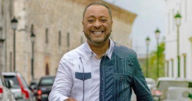 Michael Miguel Holguín lanza candidatura a alcalde del DN