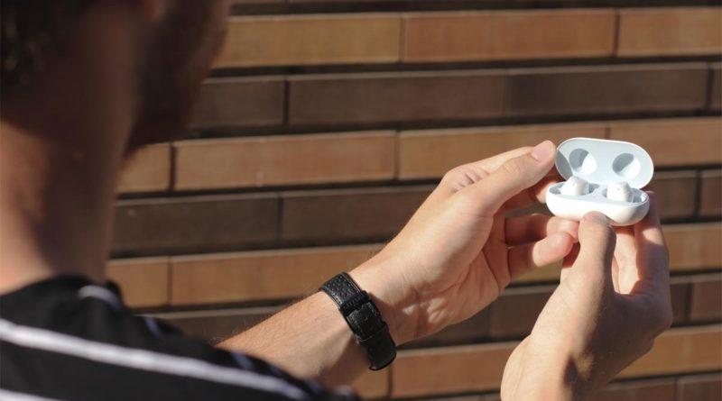 Samsung también quiere incorporar cancelación de ruido en sus auriculares inalámbricos