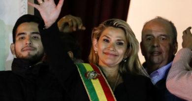 La presidenta de Bolivia anunció una inminente orden de aprehensión contra Evo Morales