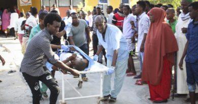Al menos 78 muertos y 125 heridos al explotar un vehículo bomba en Mogadiscio