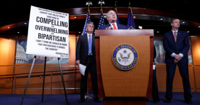 ATENCIÓN:El Comité de Inteligencia de la Cámara de Representantes de EE.UU. aprueba el informe sobre 'impeachment' contra Trump