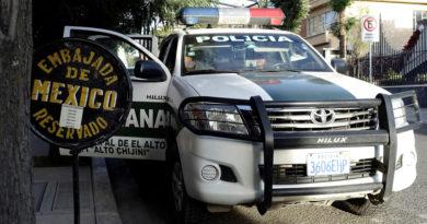 """México denuncia que la amenaza de ingreso en su Embajada en Bolivia """"no tiene precedente"""""""