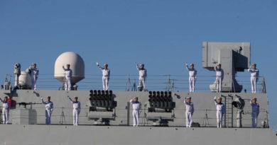 """Irán: """"Cualquier avión o nave espía en el área de los ejercicios conjuntos con Rusia y China será objetivo de ataque"""""""