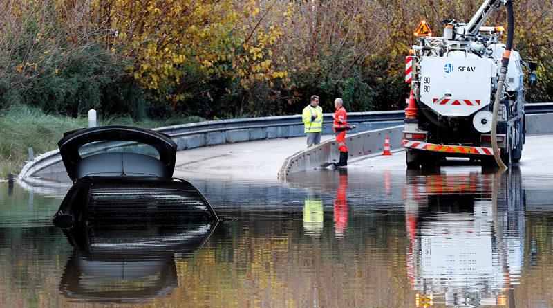 Al menos seis muertos por las inundaciones en el sureste de Francia
