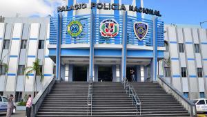Arrestan a agentes de PN que habrían estado presentes en asesinato de mujer en Jarabacoa