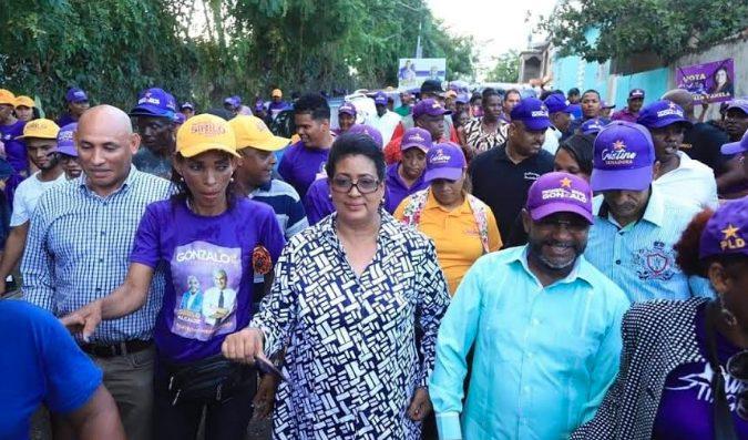 Cristina Lizardo destaca necesidad de convertir en votos simpatías de candidatos