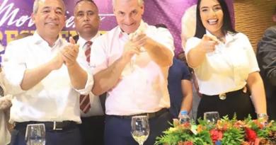 """Marchena y su movimiento """"El Presidente de las Camisa Mangas Cortas"""" se trasladan a RD"""