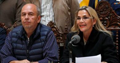 Gobierno de facto en Bolivia niega posibilidad de ofrecer salvoconductos a refugiados en Embajada mexicana