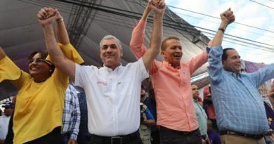 """Con un PLD unido y """"un penco de candidato"""", Gonzalo Castillo dice ganará en primera vuelta"""