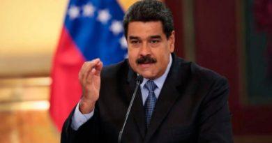 Maduro respalda la fuerza policial que Bachelet pidió disolver