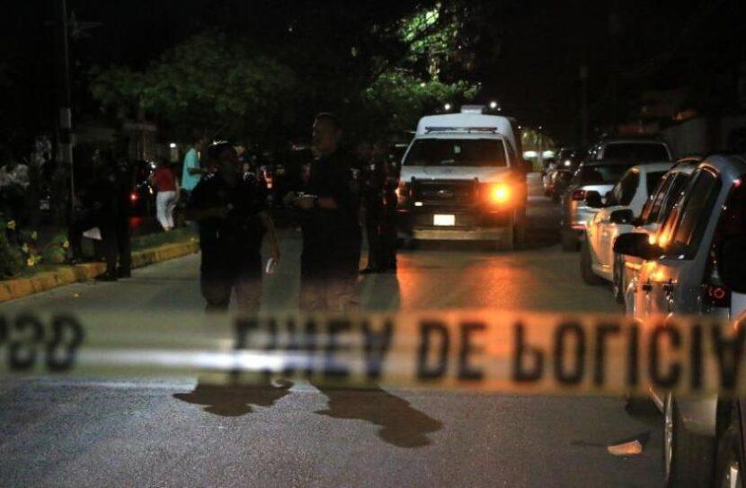 Suben a 22 los muertos por tiroteo de sicarios y policías en norte de México