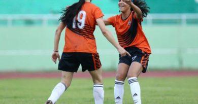 Cuatro oncenos triunfan en Liga Femenina de Fútbol