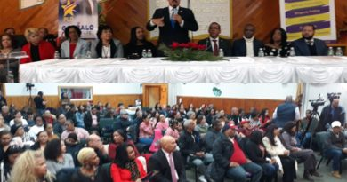 En masiva asamblea en iglesia de Nueva Jersey fieles ratifican respaldo a Gonzalo, Polanco y el Gobierno