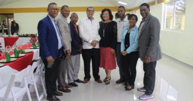 Director de Embellecimiento celebra encuentro navideño con periodistas